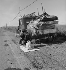 -Broke,_baby_sick,_and_car_trouble!-_-_Dorothea_Lange's_photo_of_a_Missouri_family_of_five_in_the_vicinity_of_Tracy,_California