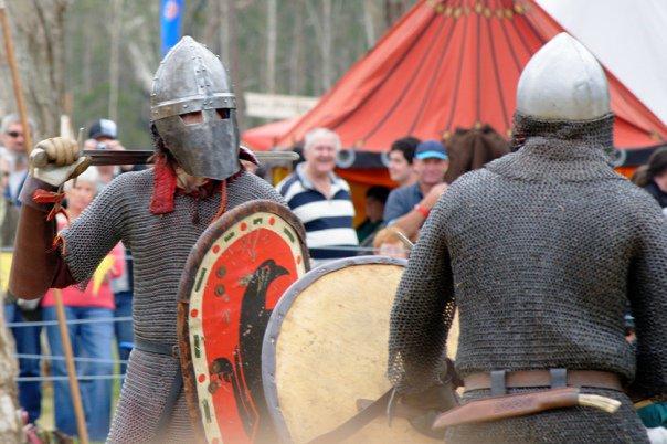 34254_1461350207333_4893653_n abbey medieval festival Abbey Medieval Festival 2010 34254 1461350207333 4893653 n