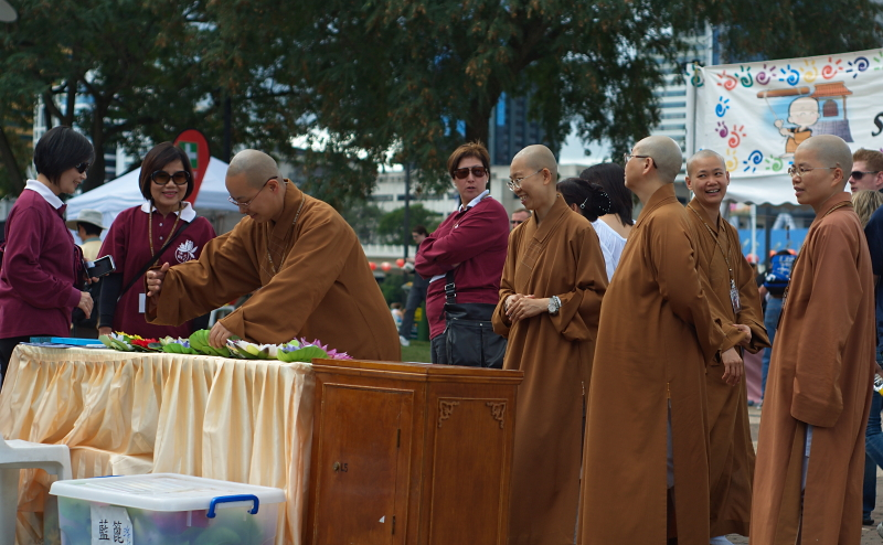_DSC0056 buddha birth day Buddha Birth Day Festival 2011  DSC0056