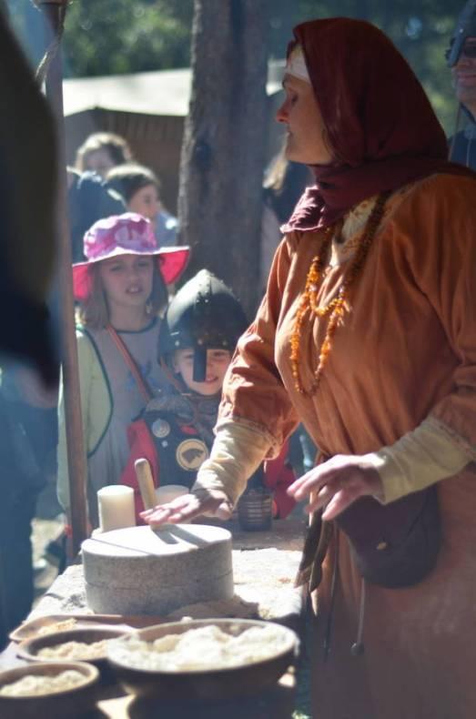 DSC_5725_v1 abbey medieval festival Abbey Medieval Festival 2014 DSC 5725 v1