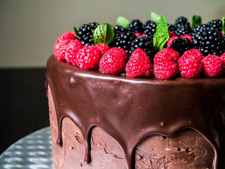 Chocolate Drip Cake  cathaskueche