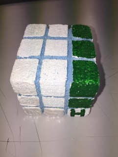 Step 3.The route has been completed and the cube has been twisted and turned to create the complete route.
