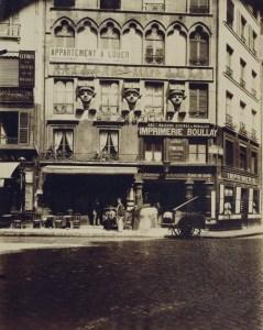 Atget-Paris-Maison-Place-du-Caire-597x750