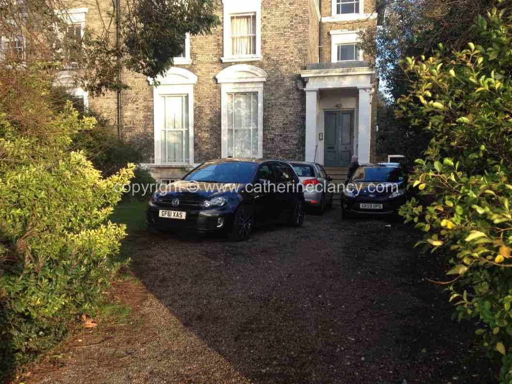 blackheath-front-garden-11