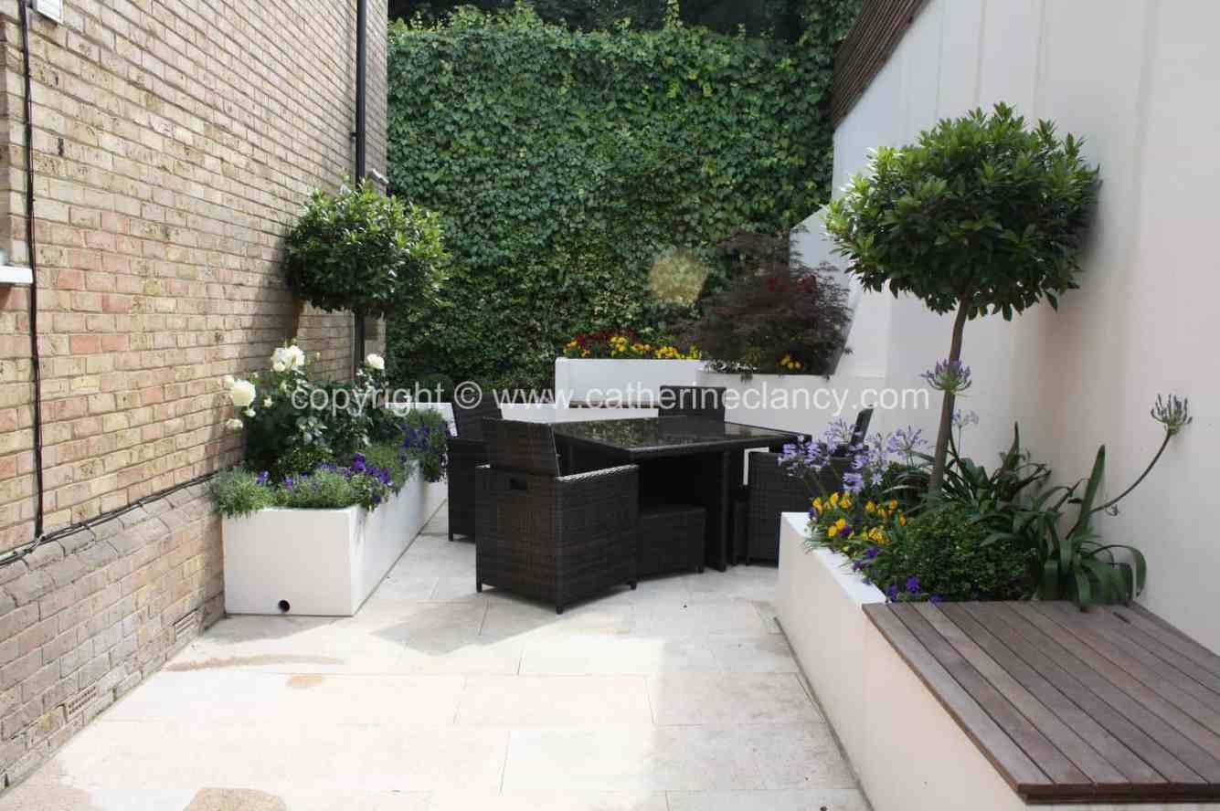 chic-courtyard-16