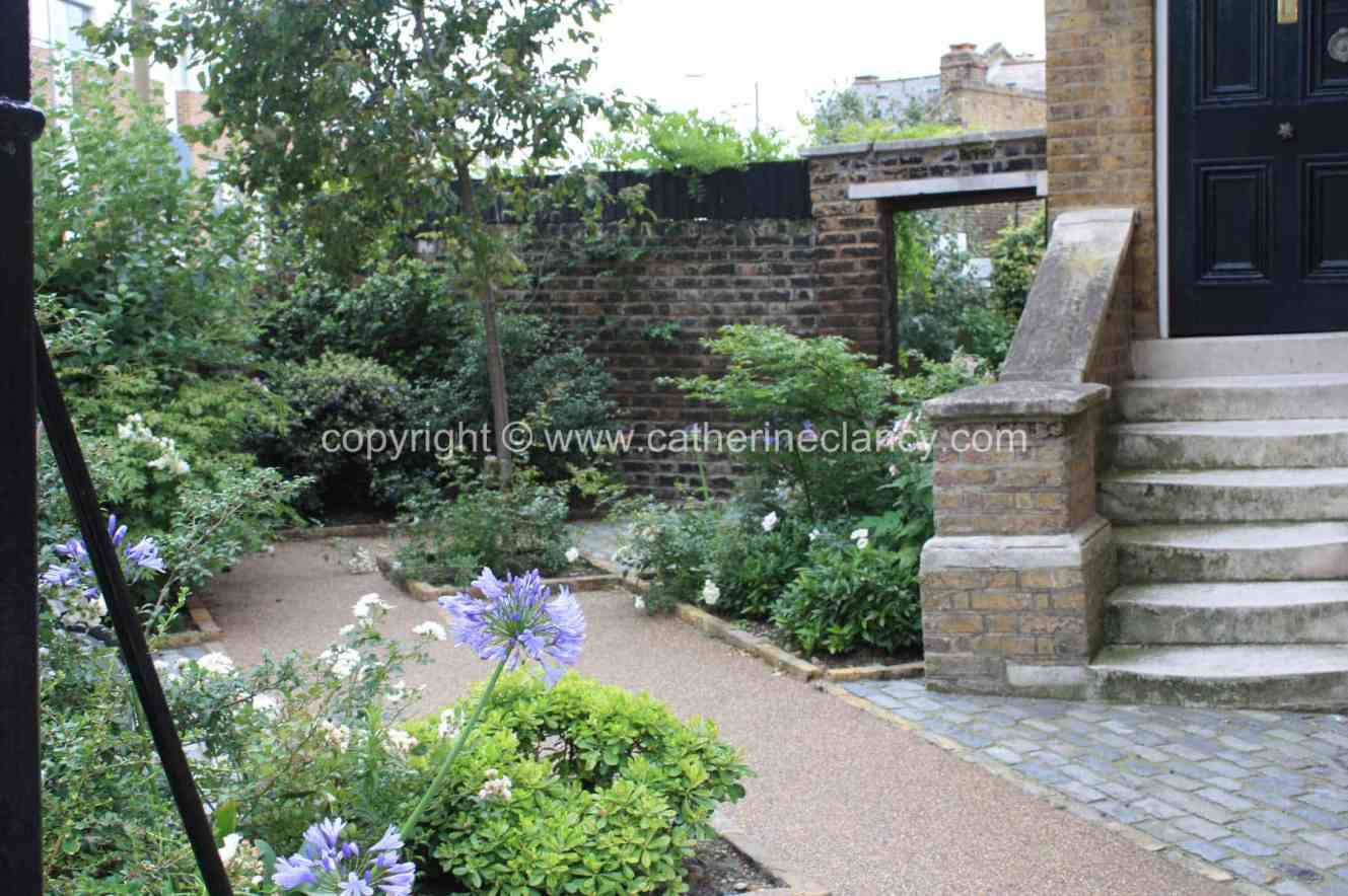 london courtyard front garden 2 - Front Garden Ideas London