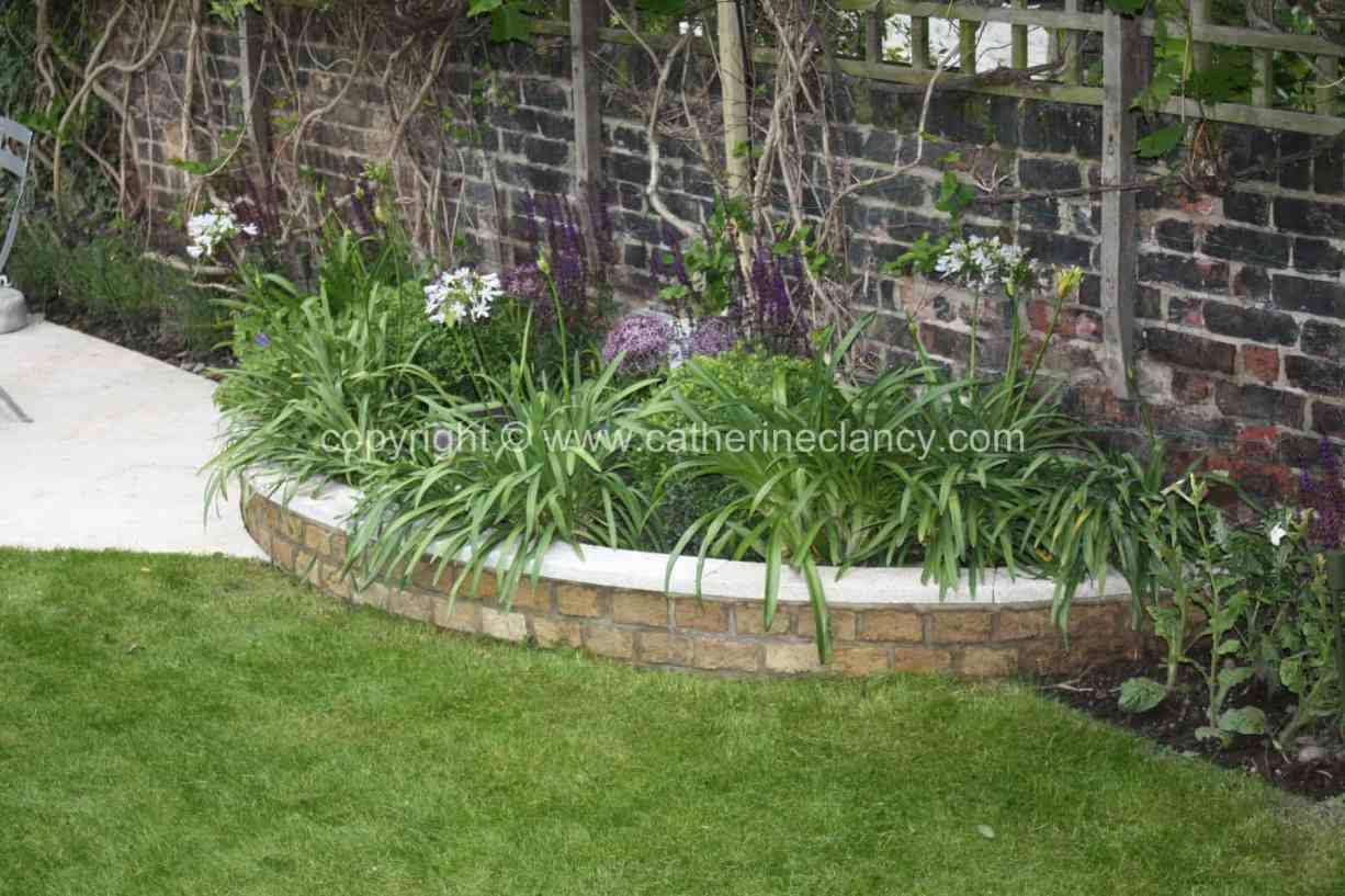 long-thin-terraced-garden-10
