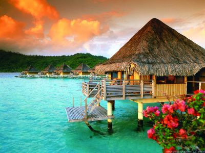 Bora Bora Honeymoon Guide: How To Plan & More