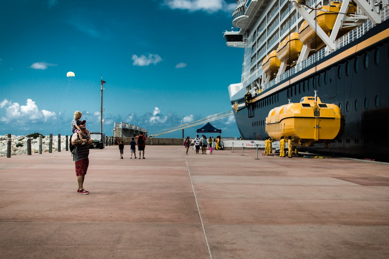 little boy and dad disney dream cruise orlando florida castaway cay bahamas {san diego lifestyle newborn baby child family photographer}
