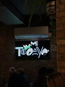 Mi Tocaya Sign