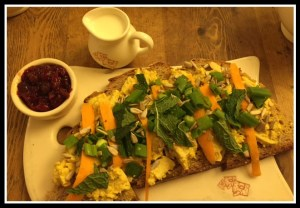 Curry chicken tartine - delicious!