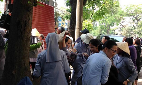 Gangsters attack Hanoi nuns with batons