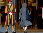 Vatican 'suffragettes'. Women want a vote in a man's Church