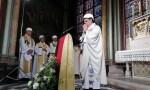 Hard-hats de rigueur at Notre Dame's first Mass