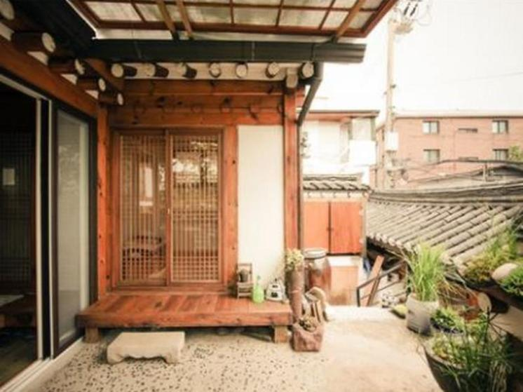 Bukchonmaru Hanok Guesthouse