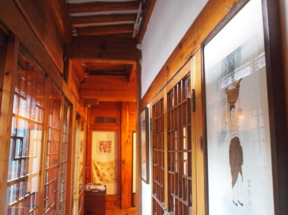Eugene's Hanok Culture Center Dongdaemun