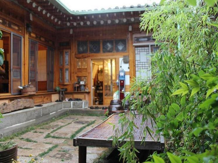 Gongsimga Hanok Guesthouse