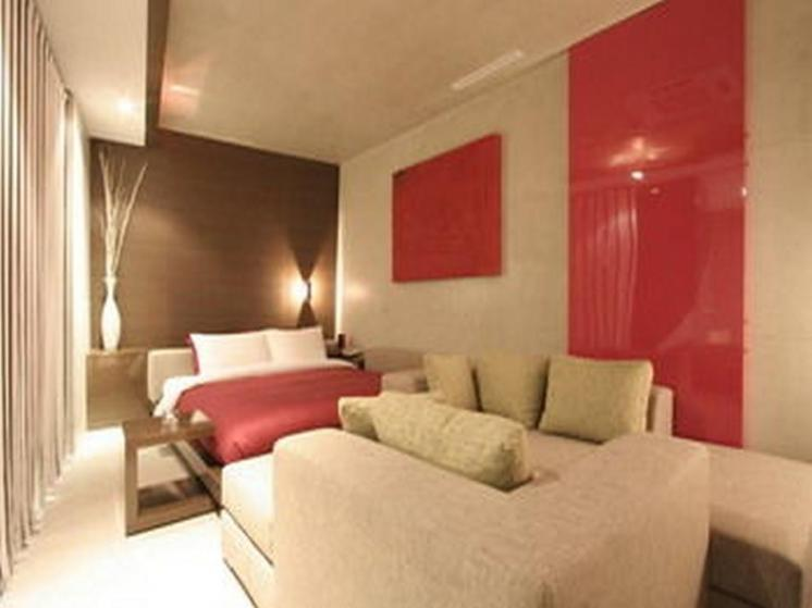 Tria Hotel