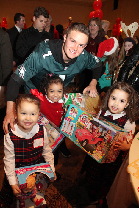 philadelphia eagles chair a for my mother lesson plans what party — kids have fun at christmas benefit – catholic philly