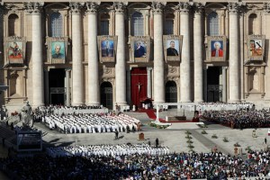 "Pope Francis celebrates a Mass to canonize seven new saints, in St. Peter's Square, at the Vatican, Sunday, Oct. 16, 2016. Among the new saints, Pope Francis is canonizing Argentine 19th century ""gaucho priest"" José Gabriel del Rosario Brochero, who ministered to the poor in the peripheries and is clearly a model for his papacy. (AP Photo/Andrew Medichini)"