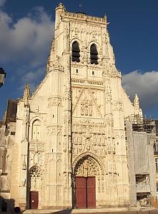 [Saint-Riquier Abbey]