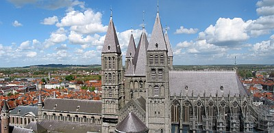 Notre-Dame Cathedral of Tournai; photographed by Jena Pol Grandmont on 27 April 2005; swiped from Wikimedia Commons