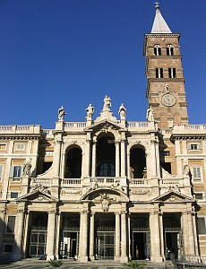 the front of Saint Mary Major; photographed by Jack Curran, Dember 2005; swiped from Wikimedia Commons