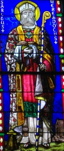 detail of a stained glass window of Saint Meriadoc of Vannes, 1878, artist unknown; Saint Peter cathedral of Vannes, Morbihan, France; photographed on 26 October 2012 by Fab5669; swiped from Wikimedia Commons