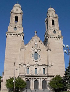 Saint Cecilia Cathedral; taken by Jvonholstein in the spring of 2003; swiped off the Wikipedia web site