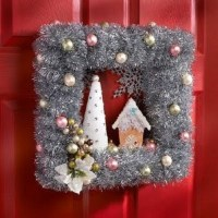 Outdoor Christmas Decorations - Cathy
