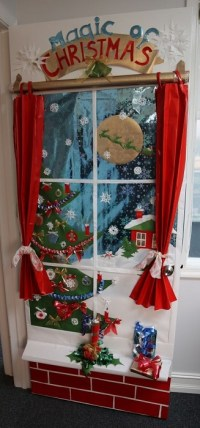 DIY Door Decoration For Christmas - Cathy