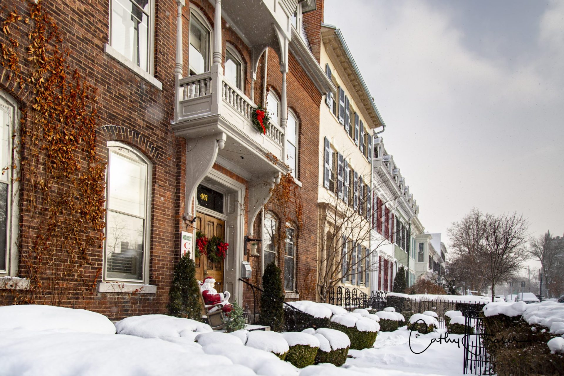 Lifestyle Photography of a residential area after a recent snowfall in New York