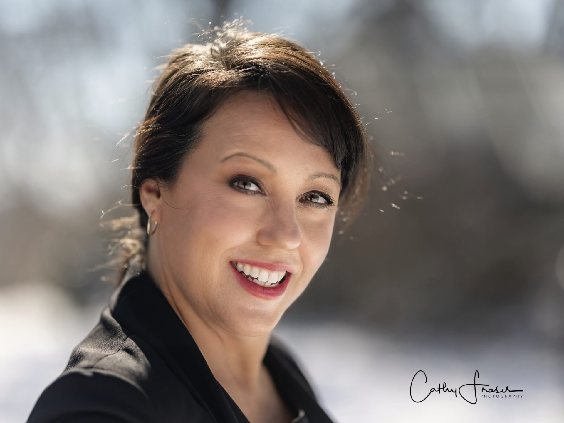 boss lady, female CEO, women in business, shot of beautiful lady with greenery around her, lamberton conservatory, rochester ny, professional headshots, professional photographer, brunette beauty, highland park, fingerlakes region, lifestyle photos, portraits, natural light portraits