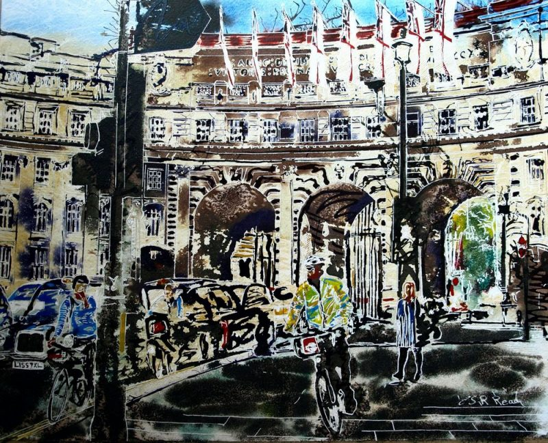 Painting of Admiralty Arch with cars, taxis, cyclists and pedestrians©2016-Cathy-Read-Admiralty-Arch-Watercolour-and-Acrylic-40-x-50-cm