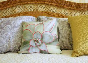 Sedum Pillow