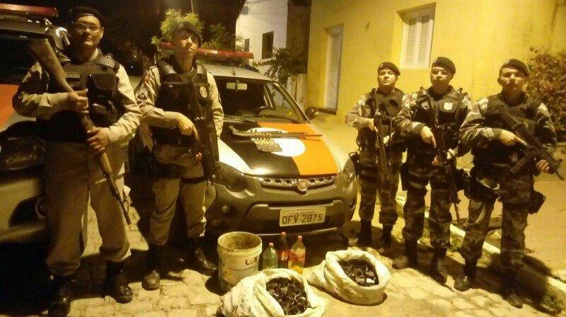 Resultado de imagem para imagens de Polícia Militar frustrou o plano de uma quadrilha que pretendia atacar uma das agências bancárias da região de Catolé do Rocha,