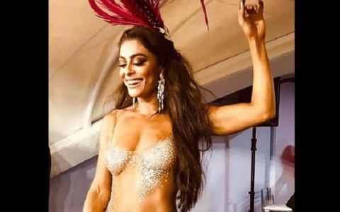 juliana paes posa com vestido transparente veja fotos