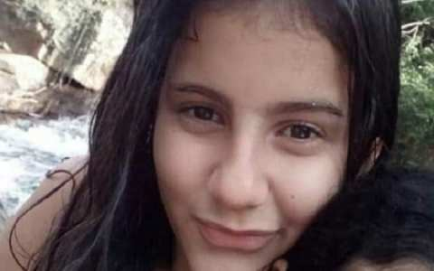 garota de 12 anos comete suicidio na paraiba apos noticiar no facebook
