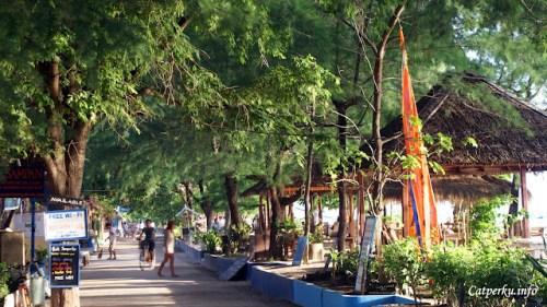 Suasana pagi di pulau wisata Gili Trawangan Lombok yang tenang