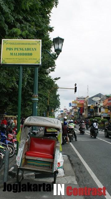 Yogyakarta buat saya adalah salah satu kota yang juga banyak menimpan kenangan masa kecil saya.