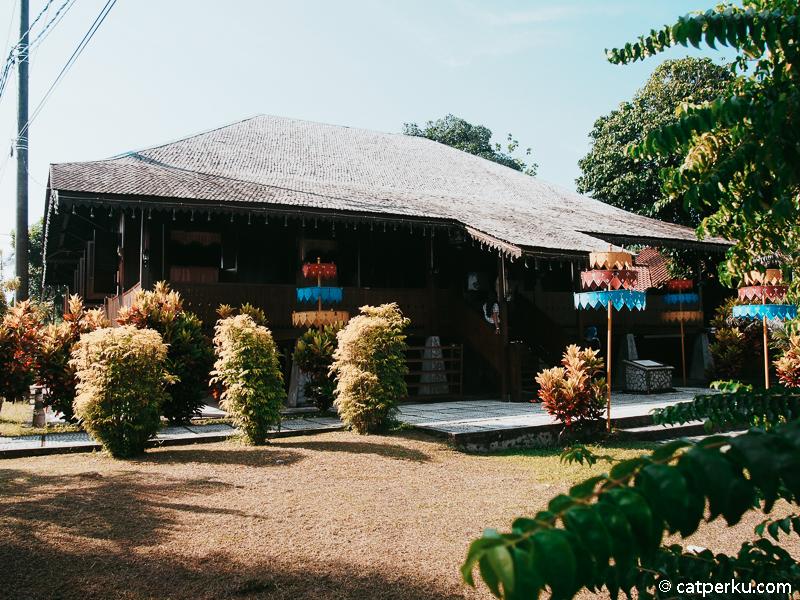 13. Rumah Adat Belitung