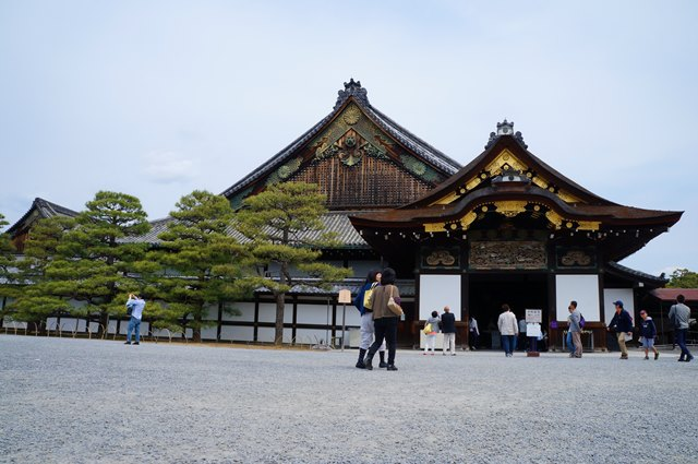 Bangunan utama yang berada di Kastil Nijo.