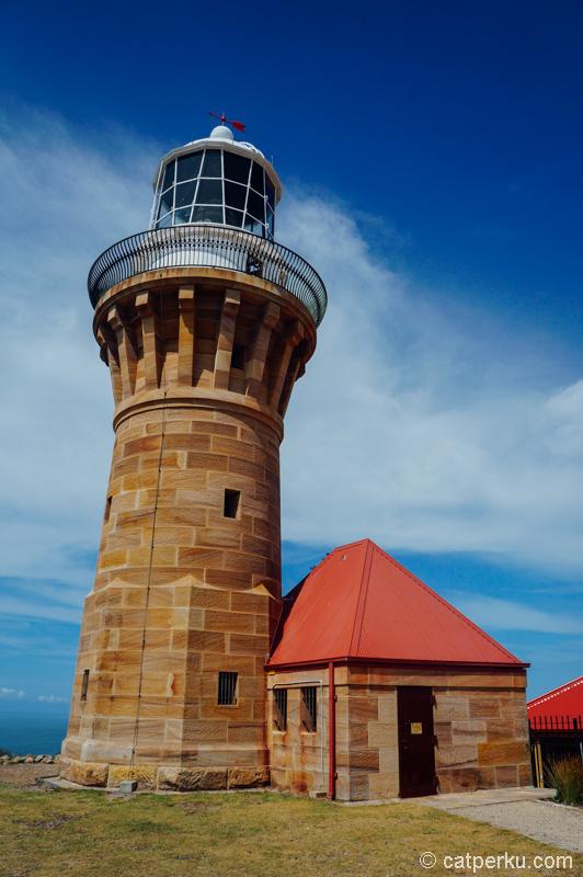 Barrenjoey Lighthouse, salah satu daya tarik Palm Beach selain pantai