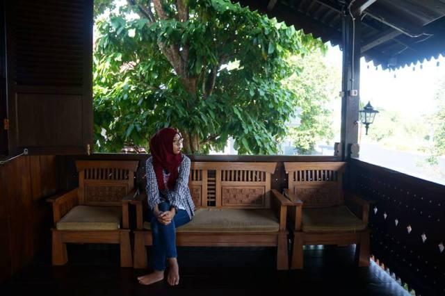 Berkunjung ke Rumah Adat Belitung jadi pengen punya rumah panggung yang terbuat dari kayu deh.