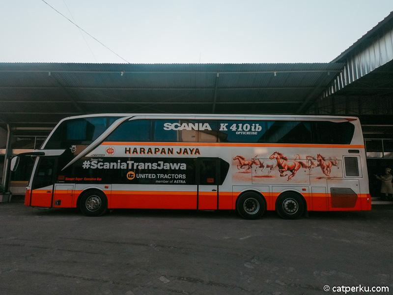 Bisa dibilang, ini adalah pengalaman naik bus dari Kediri ke Jakarta yang menyenangkan.