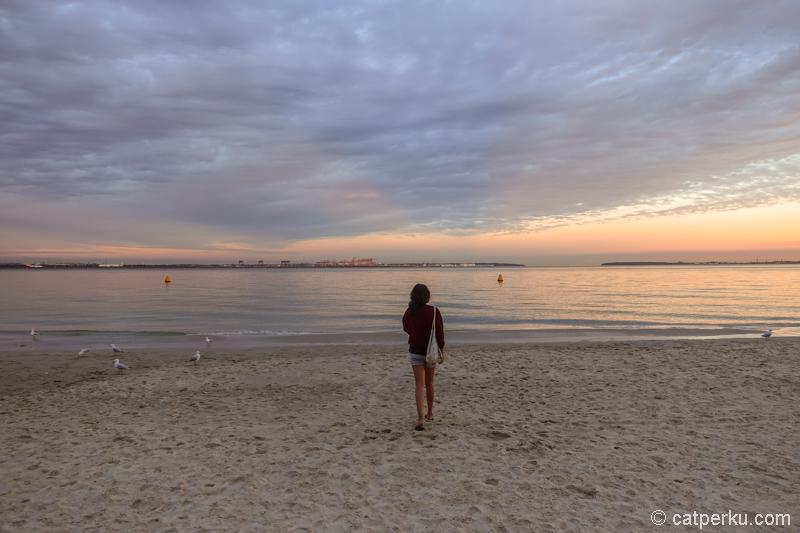 Brighton Beach, salah satu pantai yang nggak jauh dari bandara Sydney