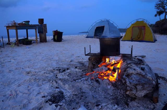 Camping di Tanjung Bira yuk!