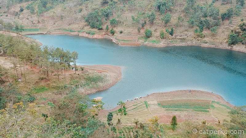 Foto udara Ranu Gumbolo Tulungagung! Dari atas tempat wisata di Tulungagung ini terlihat begitu indah!