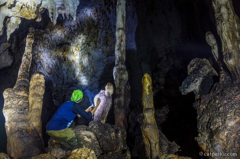 Gua Bokimoruru ini gua raksasa yang belum dieksplorasi sepenuhnya