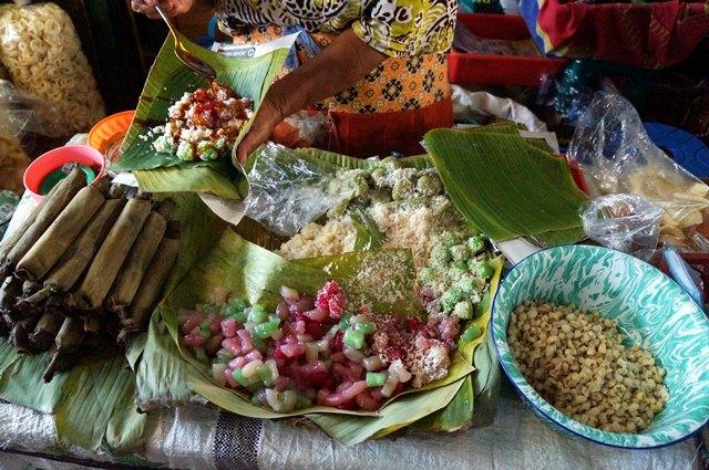 Jajanan pasar adalah salah satu Kuliner Yogyakarta yang enak dan selalu bikin kangen.